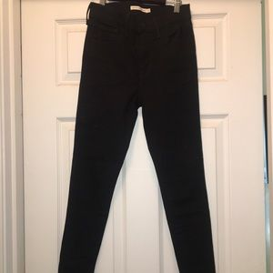Black Levi 720 High Rise Super Skinny Jeans